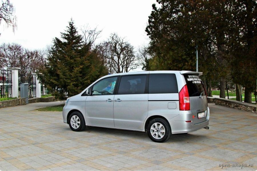Toyota Noax